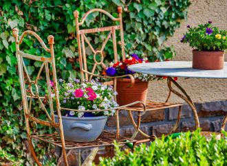 Pourquoi acheter une table pour votre jardin ?