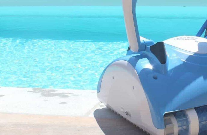 Comparatif des meilleurs robots nettoyeurs de piscine électriques